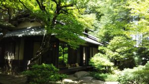 中井 林芙美子記念館 昭和初期の女流作家の生活を追体験