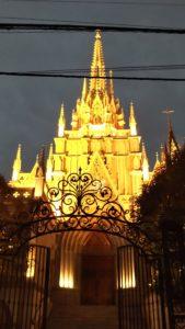 【青山】セントグレース大聖堂 ゴシック建築のチャペルが本格的すぎ!!
